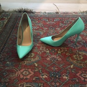 Madden girl turquoise point toe pumps